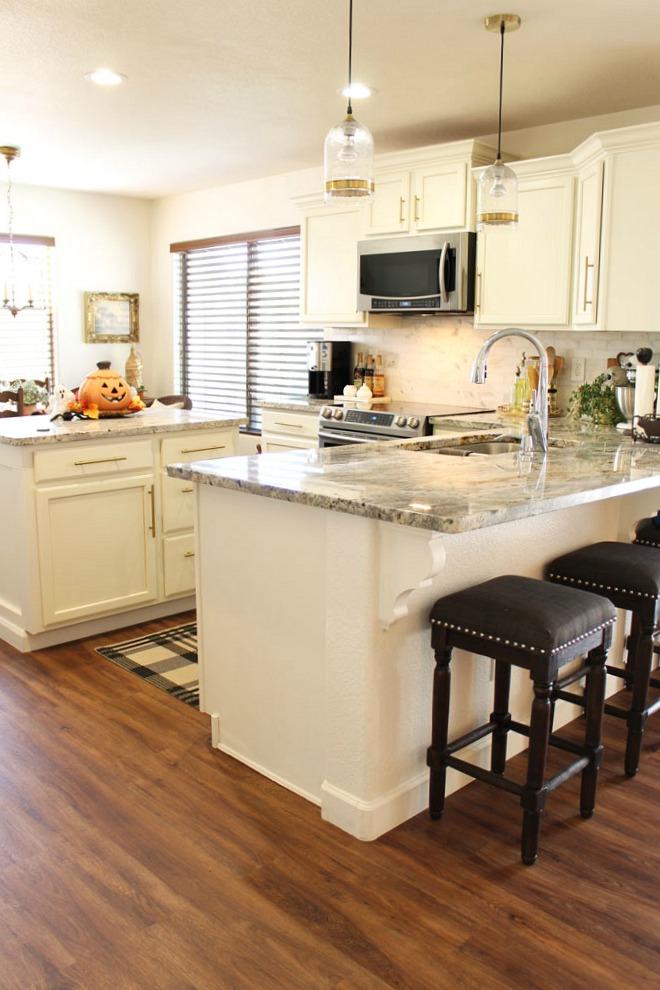 open floor plan  family kitchen  breakfast area  a